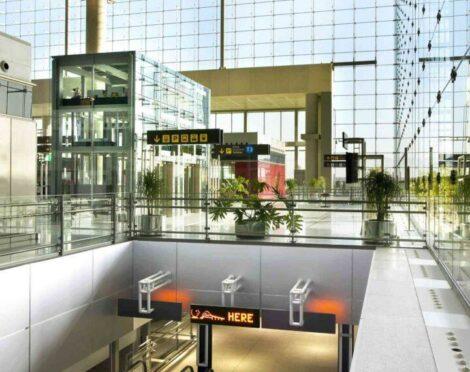 Aeropuerto-Malaga-scaled-e1635236548988