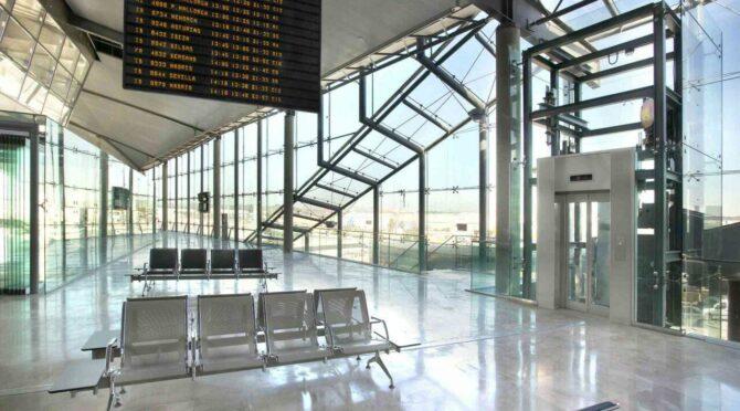 Aeropuerto-Valencia-3-e1635236349377