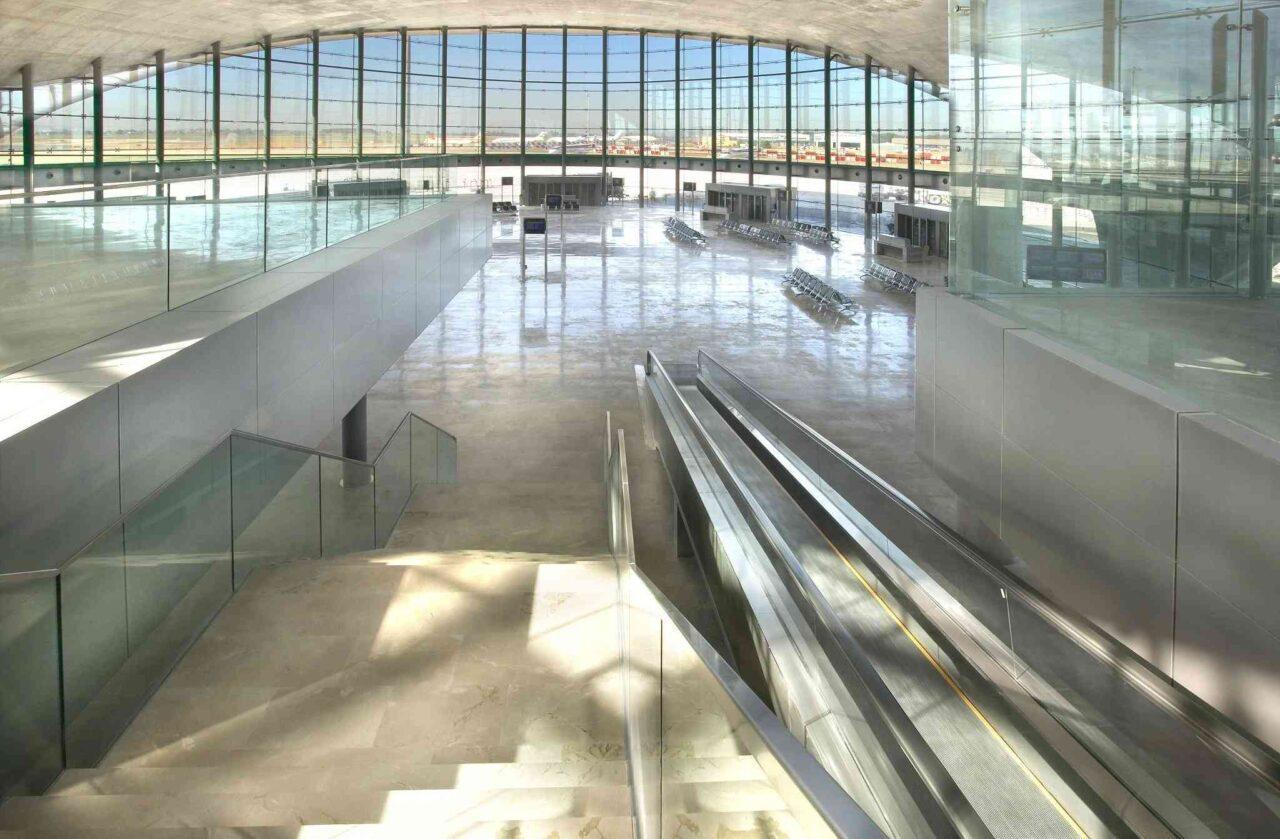 Aeropuerto-Valencia-e1635236361687