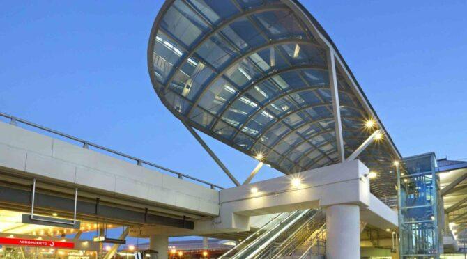 Aeropuerto-de-Malaga-1-scaled-e1635236544220